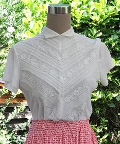 Vintage Bluse,50er Jahre,Spitzenbluse von GoodOldTreasures auf Etsy