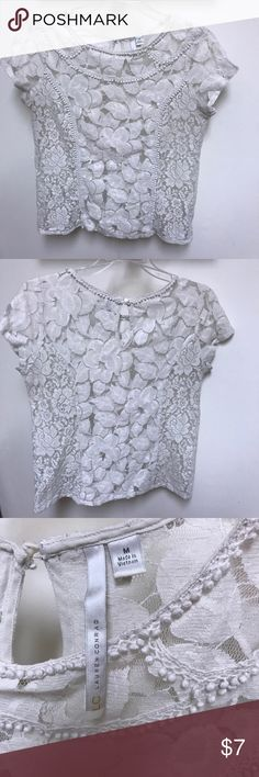 Adorable Lauren Conrad Off-white Lace Top Lauren Conrad off-white lace top - sz Medium. This is a re-posh, it's absolutely adorable but a bit to small on me!  It fits more like a small or a snug medium. Bundle 3 or more items from my closet and receive 30% off your order!   Measurements laying flat: Length - 23 in Chest - 18 in LC Lauren Conrad Tops Blouses