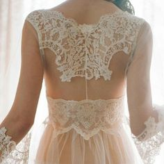 Claire Pettibone ‪#‎Heirloom‬ 'La Scala' Robe Shop Claire Pettibone Heirloom Lingerie here —> http://shop.clairepettibone.com/