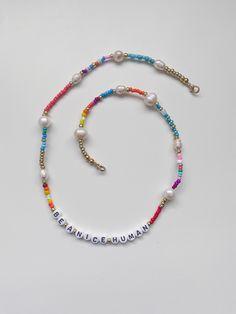 Seed Bead Jewelry, Beaded Jewelry, Beaded Necklace, Beaded Bracelets, Kids Necklace, Jewellery, Diy Mask, Diy Face Mask, Pulseras Kandi