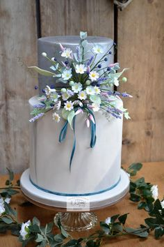 Boho Chic Cottage Garden Wedding Cake by The Old Manor House Bakery - Lisa Kirk