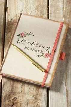 Know someone who's just announced their big wedding news? A wedding planner is the PERFECT 'congratulations' gift and will ensure they don't forget a thing.