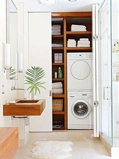 Small Laundry Room Ideas (on a BUDGET) – Laundry room organization and small laundry room ideas. These laundry room makeover pictures are amazing before and after laundry area makeovers. Modern Laundry Rooms, Laundry Room Bathroom, Laundry Closet, Laundry Room Organization, Bathroom Storage, Small Bathroom, Bath Room, Laundry Storage, Bathroom Ideas