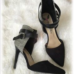 Penny loves Kenny black/white ankle straps heels Gorgeous Black & white straps heels. Great condition like-new. Shoes Heels