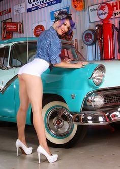 Keara Darling - Vintage Classic Cars and Girls