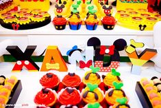 first birthday mickey mouse ideas | Mickey Mouse Birthday Party Planning Ideas Supplies Decorations Idea