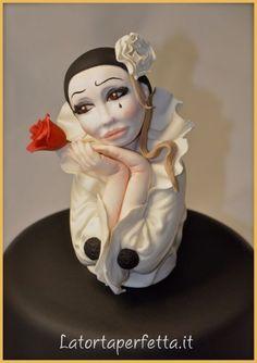 Romantic Pierrot - CakesDecor