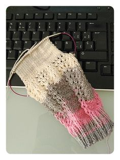 Calcetines, cómo tejer calcetines paso a paso – anaconde   socks&co Crochet Top, Knitting, Accessories, Fashion, Shoes And Socks, Shearling Slippers, Rats, Diy Artwork, Gloves