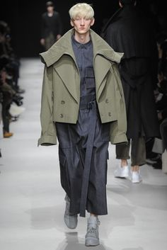 Juun.J Menswear RTW Fall 2015 manga military