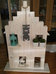 Raamdecoratie 39 oudhollandse geveltjes 39 houten huisjes for Steigerhout vensterbank