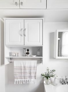 5 Simple Ways to Refresh the Bathroom