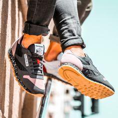 Best Sneakers, Running Sneakers, Reebok, Shoe Story, Classic Leather, Shoe Game, Men's Clothing, Kicks, Footwear