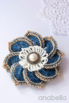 Flor en crochet con patrón