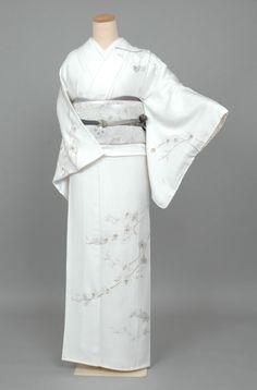Ice Blue Houmongi with Delicate Blooming Tree Branches and Silver Obi Yukata Kimono, Kimono Fabric, Kimono Dress, Japanese Outfits, Korean Outfits, Japanese Fashion, Japanese Clothing, Traditional Gowns, Traditional Japanese