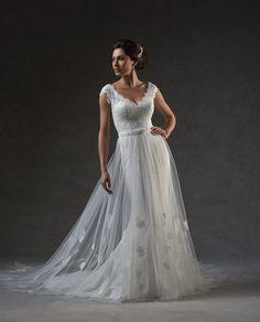 13e8db99c45 25 Best A Dash of Bleu s Favorite Wedding Dresses images