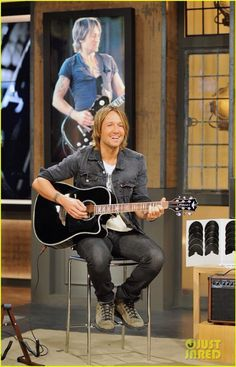 Keith Urban Photos Photos: Star Studded Weekend At HSN With Keith Urban and Shaquille O'Neal Country Western Singers, Country Music Artists, Country Music Stars, Denim Blog, Country Strong, Guitar Collection, Shaquille O'neal, Tim Mcgraw, First Daughter
