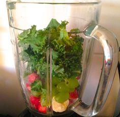 Salaatti nro 95 - lehtikaalismuutti tavaksi. Seaweed Salad, Celery, Vegetables, Ethnic Recipes, Food, Essen, Vegetable Recipes, Meals, Yemek