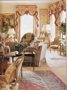 Country Home Interior Design: Hydrangea Hill Cottage: English Country Decorating English Cottage Style, English Country Style, French Country, French Cottage, Modern Country, French Style, Style Français, Green House Design, English Manor Houses