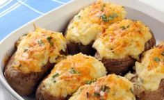 Weight Watchers Recipes, Weight Watchers Twice Baked Potatoes Recipe To Help With Your Diet Plan. Weight Watchers 2 PointsPlus Twice Baked Potatoes Recipe. Making Baked Potatoes, Stuffed Baked Potatoes, Twice Baked Potatoes, Best Potato Recipes, Ww Recipes, Cooking Recipes, Healthy Recipes, Lunch Recipes, Potatoe Skins Recipe