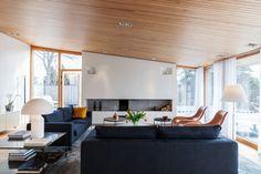 Scandinavia properties for sale: midcentury Danish villa Modern Living Room Paint, Danish Living Room, Mid Century Modern Living Room, Mid Century House, Living Spaces, Cabin Design, Modern House Design, Villa, Interior Architecture