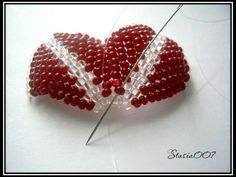 1. Для создания лилии нам потребуется:красный и прозрачный бисер, игла, леска. Листик лилии будем плести по этой схеме: 2.Набираем 21 бисерину и спускаем их в конец лески: 3.Набираем 2 бисерины и проходим во вторую… Beaded Brooch, Beaded Jewelry, Handmade Jewelry, Beaded Necklaces, Embroidery Bracelets, Beaded Embroidery, Beading Tutorials, Beading Patterns, Flower Outline