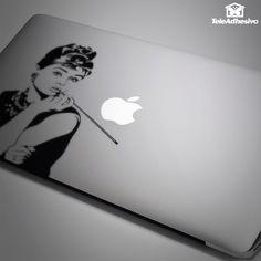 Pegatina Audrey Hepburn #audrey #hepburn #pegatina #TeleAdhesivo