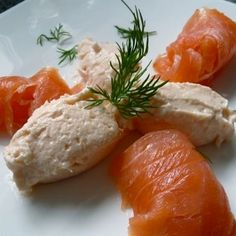 Lachsmousse Rezept # Food and Drink menu dinner parties küchengötter. Cold Appetizers, Appetizers For Party, Shrimp Recipes, Snack Recipes, Healthy Recipes, Chutneys, Salmon Mousse Recipes, Clean Dinners, Clean Eating Dinner