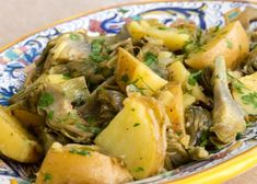 Carciofi e patate in padella (Artichokes and Potatoes) : vegetarian, side, italian Potato Recipes, Veggie Recipes, Vegetarian Recipes, Cooking Recipes, Healthy Recipes, Happy Foods, Vegetable Sides, Veggie Dishes, Easter Recipes