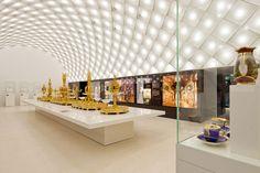 gebogene lichtdecke | Projekt des Monats Juli 2012: ON-LIGHT · Licht im Netz® ·…