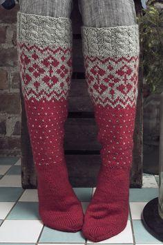 Socks Tähtitaivas by Novita knits Crochet Socks, Knitting Socks, Hand Knitting, Knit Crochet, Knitting Patterns, Crochet Patterns, Cross Stitch Christmas Stockings, Stocking Tights, Wool Socks