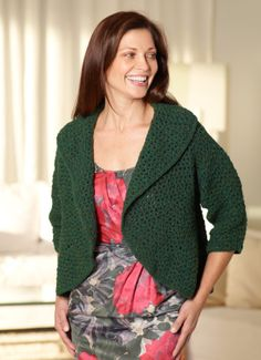 Circular Shrug - I think I would overlap the back a bit more -the more warmth on the back is a good thing! Free pattern.