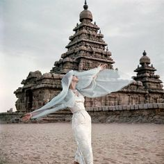 The shore temple at Mahabalipuram, British Vogue, November 1956. Photo by Norman Parkinson. #vintage #travel #1950s
