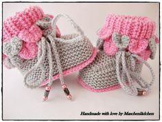 Babyschuhe - Krabbelschuhe   von Maschenlädchen auf DaWanda.com Knitted Booties, Knit Boots, Knit Baby Shoes, Photo Tutorial, Baby Knitting, Making Ideas, Booty, Etsy, Shoes