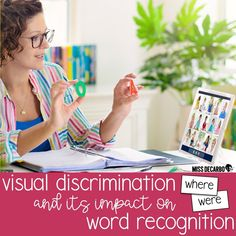Visual discrimination plays an important role in our students' word recognition skills. Learn how to help your students recognize the subtle differences and similarities in words in order to increase sight word identification and word recognition skills. Sight Words List, Sight Word Practice, Reading Lesson Plans, Reading Lessons, Spelling Activities, Sight Word Activities, Spelling Patterns, Phonics Games, First Grade Teachers