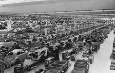 1956 VW Käfer assembly plant