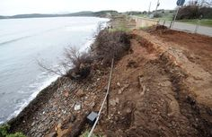 Alluvione, mareggiate e operazioni di recupero da finire. Cresce la preoccupazione nell'esercito di amanti del Golfo