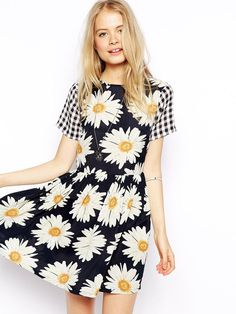 Black Plaid Short Sleeve Sunflower Print Skater Dress
