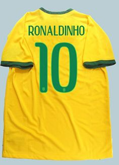 Amazon.com   Brazil Home yellow National Team Ronaldinho  7 wc fifa woldcup  2014 soccer jersey football (S)   Sports   Outdoors. World Cup ... 5d9a6ddb2
