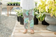 Ultra soft & absorbent cotton knit leggings in teal flower pattern. || A B O U T || Nugget Necessities creates handmade, stylish items out of