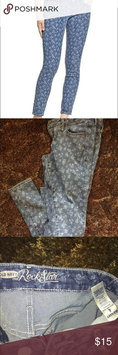"Old Navy ""The Rockstar"" Floral Jeans Like new not worn. Cute! Only selling because it's more for a skinny person. Old Navy Jeans Skinny"