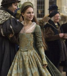 the-garden-of-delights:  Natalie Portman as Anne Boleyn in The Other Boleyn Girl (2008).