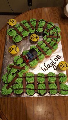 Train Birthday Party Cake, Thomas Birthday Parties, Thomas The Train Birthday Party, 2nd Birthday Party Themes, Train Party, Car Party, Second Birthday Boys, Second Birthday Cakes, Boy Birthday
