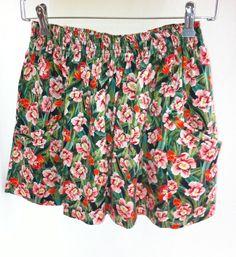 Flower power skirt by Inclū