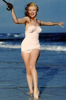 Marylin Monroe my favorite <3 so beautiful