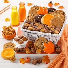 Thanksgiving Gift Baskets - Mrs. Fields Autumn Harvest Basket First Thanksgiving, Thanksgiving Treats, Autumn Harvest, Warm Autumn, Mrs Fields, Harvest Basket, Halloween Gifts, Gift Baskets, Gift Guide