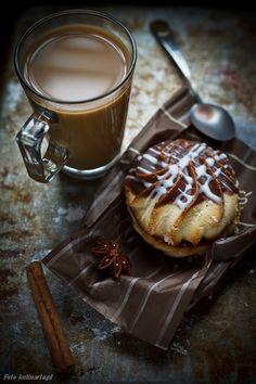 coffee and cake by Krzysztof Ziolkowski on 500px