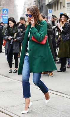 Habitually Chic®: Color Blocked hunter green jacket red clutch cropped jeans white heels