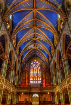 Notre Dame Cathedral . Ottawa Canada