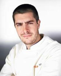 Harold Dieterle - Top Chef of Perilla and Kin Shop (NYC) people-that-i-d-like-to-look-at-and-maybe-even-mee Chefs, Top Chef Winners, Cooking Tv, Bravo Tv, Amazing Race, Awesome, Pork Belly, Fabulous Foods, Reality Tv