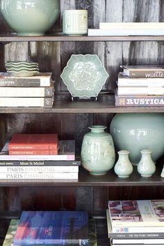 {House & Flourish} Things to Love- Bookshelf Styling